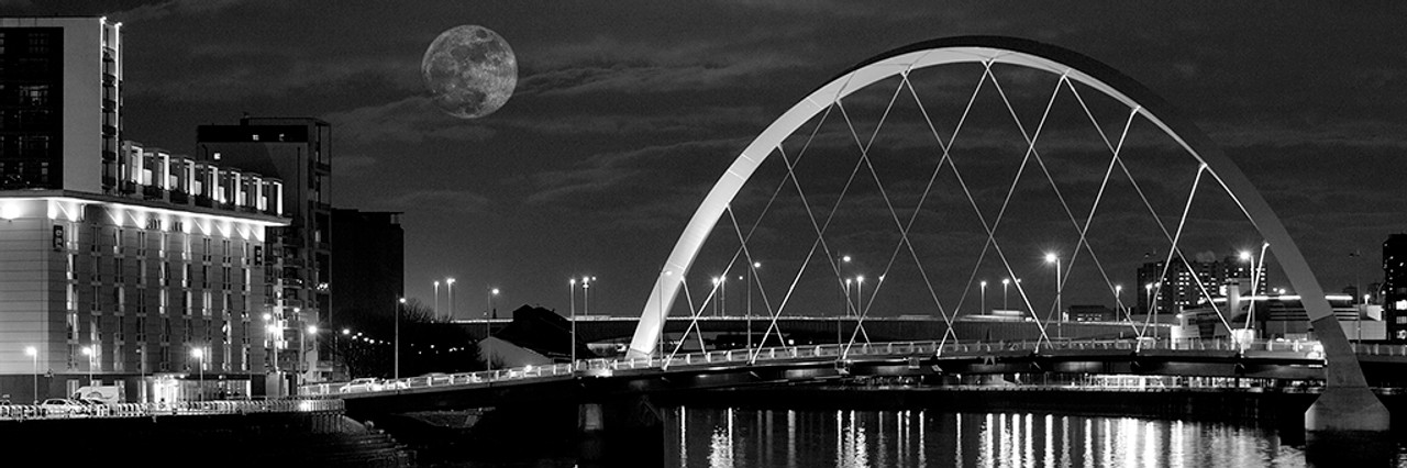 Squinty bridge glasgow a black and white photographic print