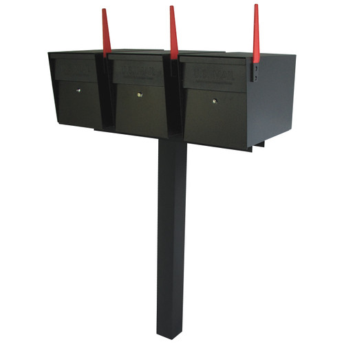 Mailboss shown with 3 mailboxes on one post with spreader bar