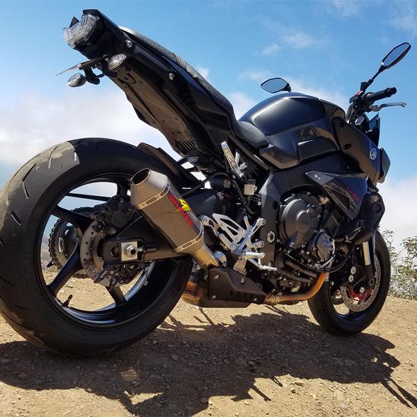 graves motorsports yamaha fz 10 mt 10 2017 2018 carbon cat back slip on exhaust. Black Bedroom Furniture Sets. Home Design Ideas