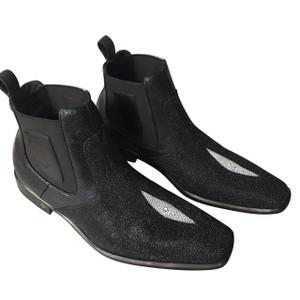 Vestigium Black Stingray Single Stone Ankle Boots