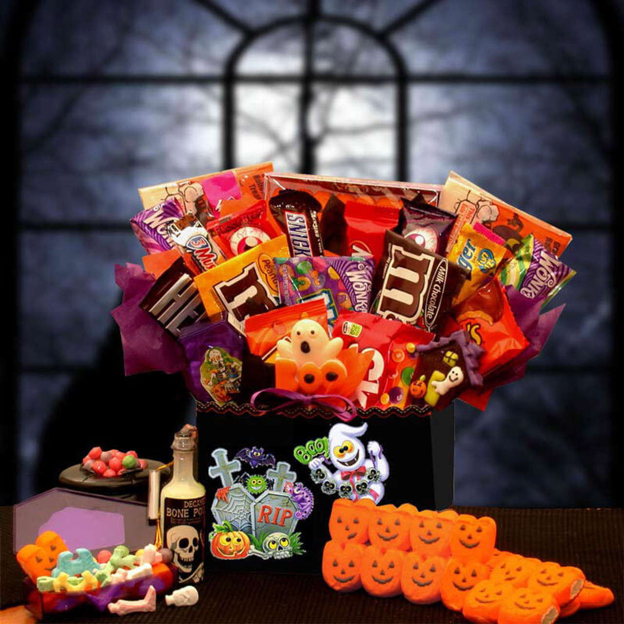 spooktacular sweets halloween gift box 19 awesome halloween gift