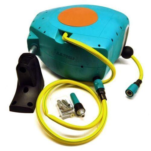 20m Rectractable Auto Rewind Hose Reel Wall Mounted Swivel Watering GAR63