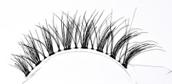 V-LUXE VIRGIN REMY EYELASHES 02
