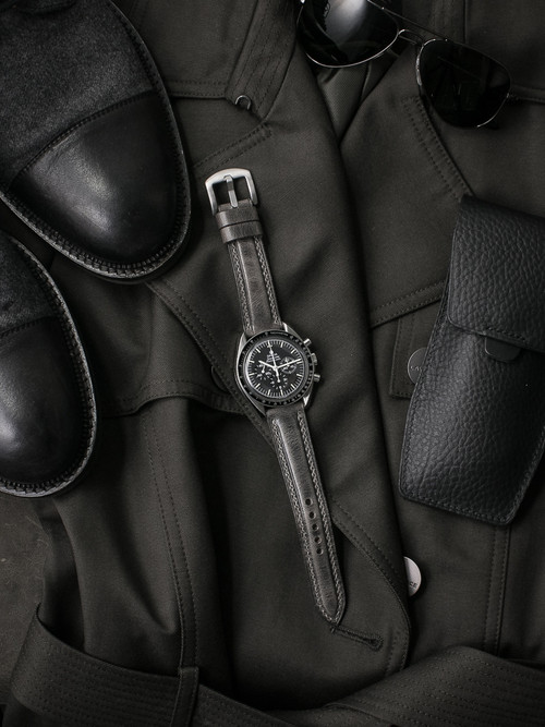 """""""Grant"""" Vintage Ghost Grey Padded Leather Watch Strap"""