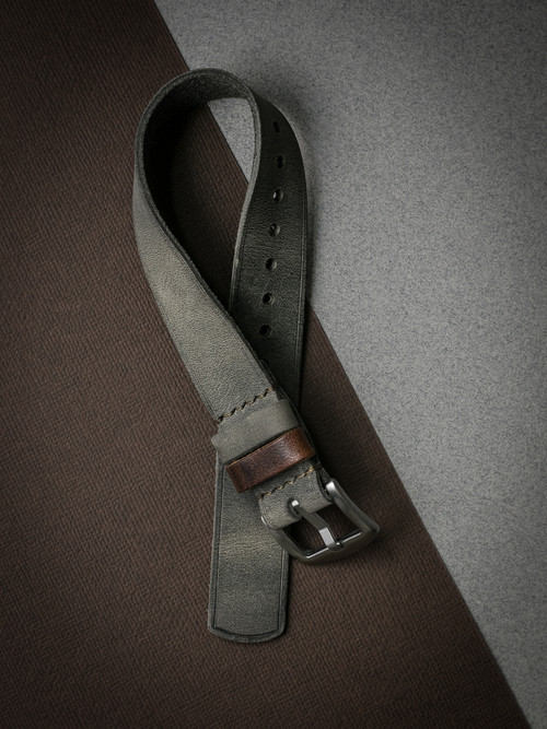 """Benjamin"" Vintage Pale Grey Green Leather NATO Strap"