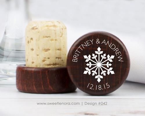Snowflake Wine Stopper Favors 042
