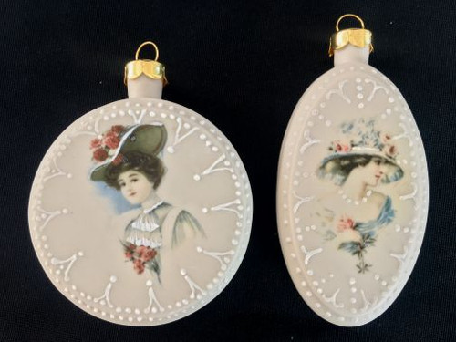 Oval Round Ornaments