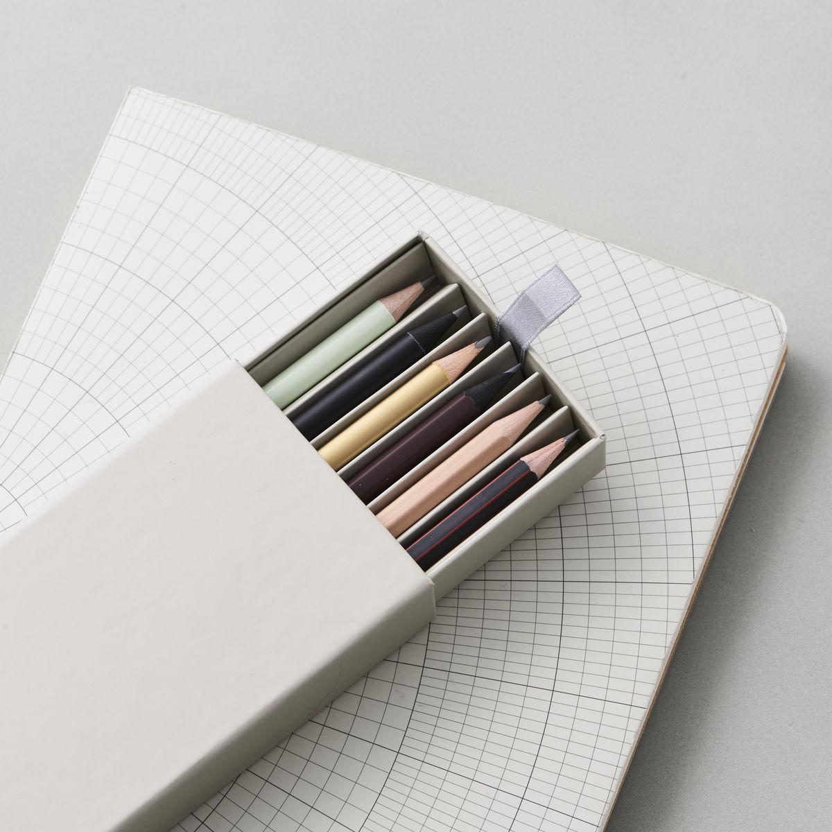 MONOGRAPH BLEISTIFTE WRITING 6 DESIGNS