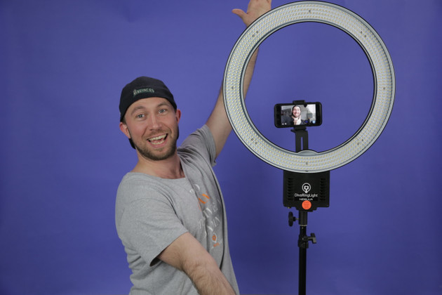 How A Simple Z-Bracket Can Save Your Ring Light Set-up