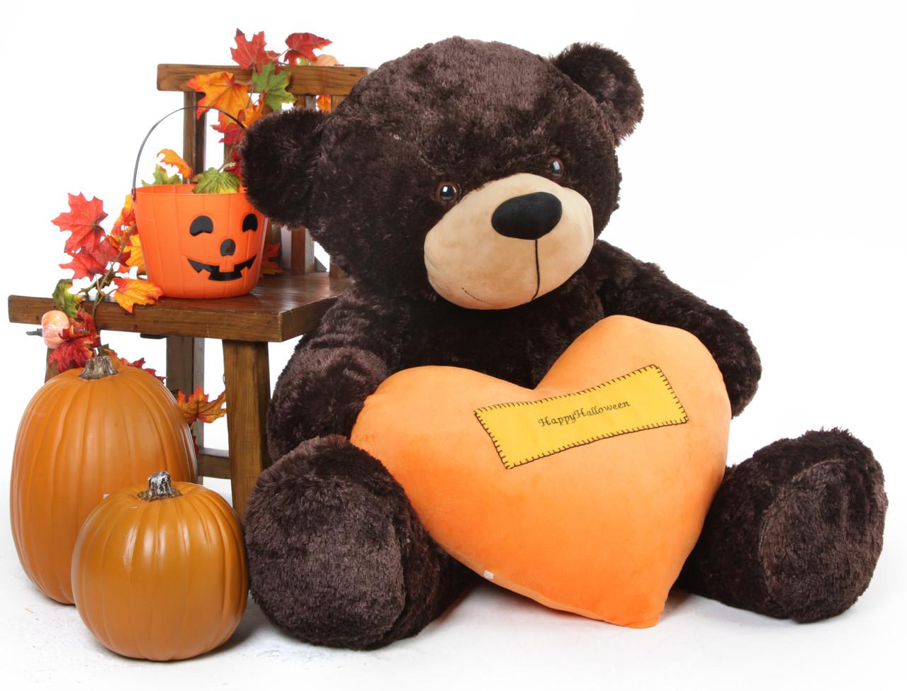 Brownie Cuddles loves Halloween!
