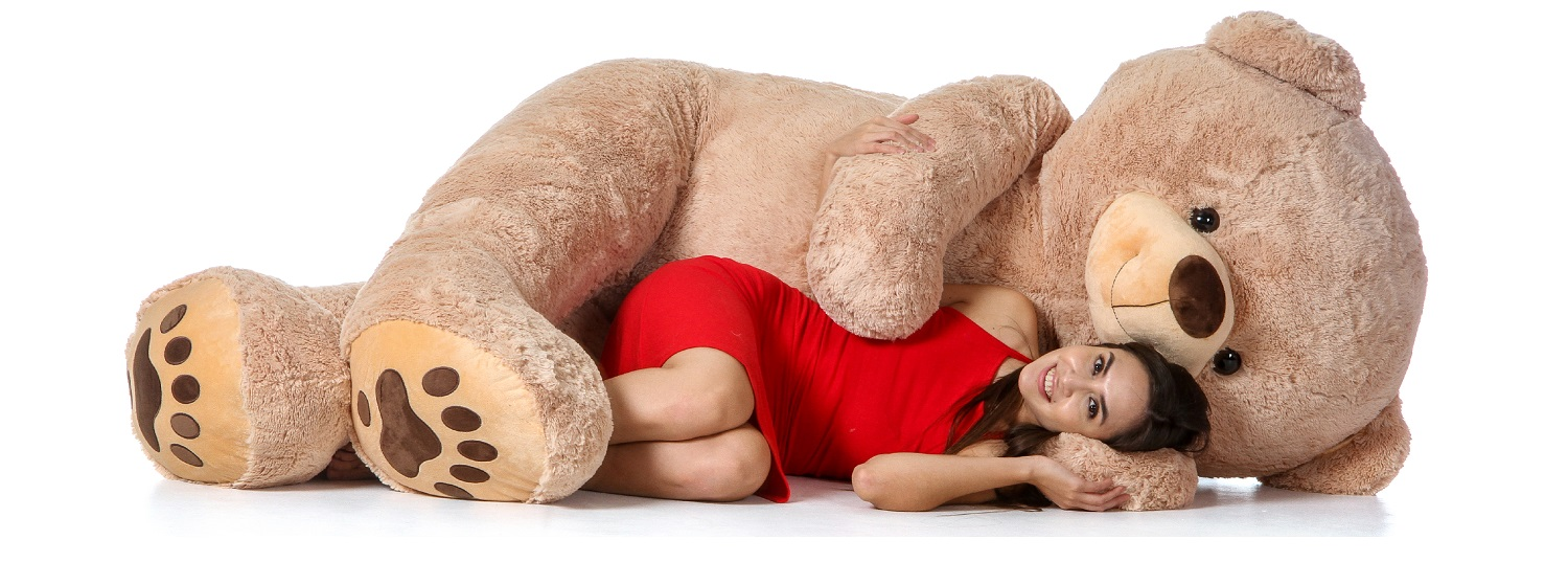 biggest-teddy-bear-on-earth-maybe-teddy-hugs-7ft-size.jpg