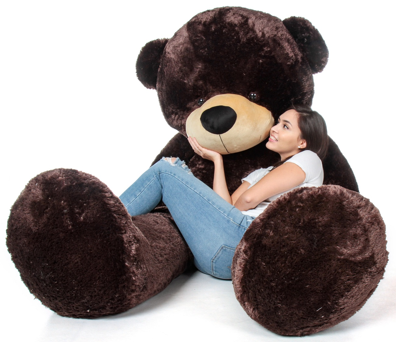 chocolate-brown-giant-teddy-bear-world-s-biggest-teddy-bear-in-chocolate-brown.jpg