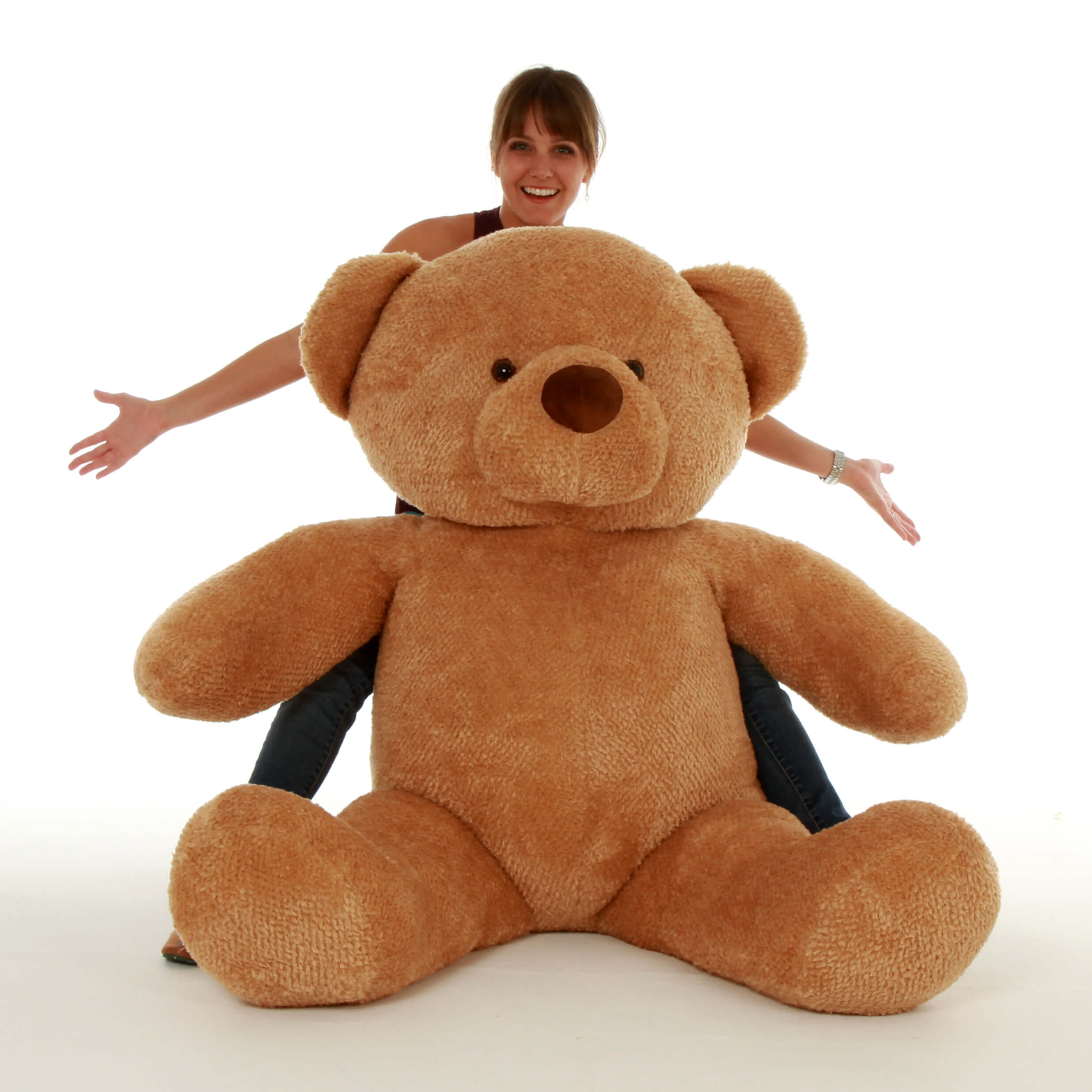 cutie-chubs-is-an-amber-giant-stuffed-animal-teddy-bear-that-measures-55-1.jpg