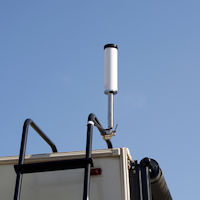 Top Signal HiBoost 10K 65 Large RV Park outside omni antenna deployed