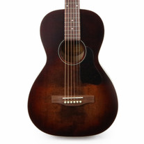 Art & Lutherie Roadhouse Parlor Acoustic Electric Guitar in Bourbon Burst with Gig Bag