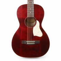 Art & Lutherie Roadhouse Parlor Acoustic Electric Guitar in Tennessee Red with Gig Bag