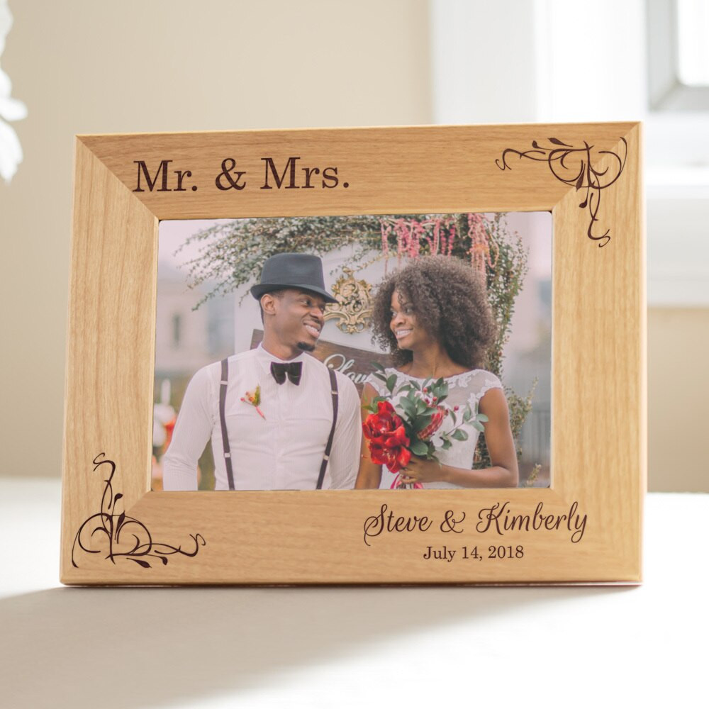 Personalized Mr. & Mrs. Wedding Picture Frame