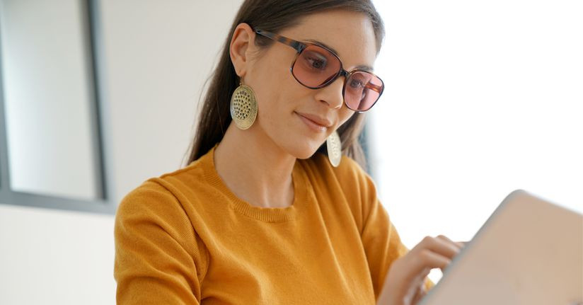 Tinted Eyeglasses for Indoor Use: 7 Things to Know
