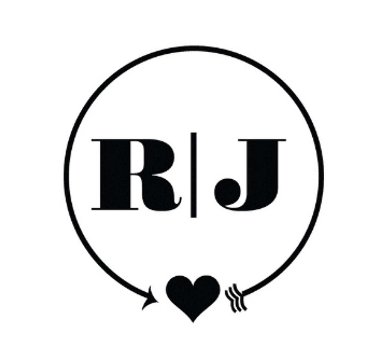 Circle of Love Personalized Self-Inking Monogram Stamp