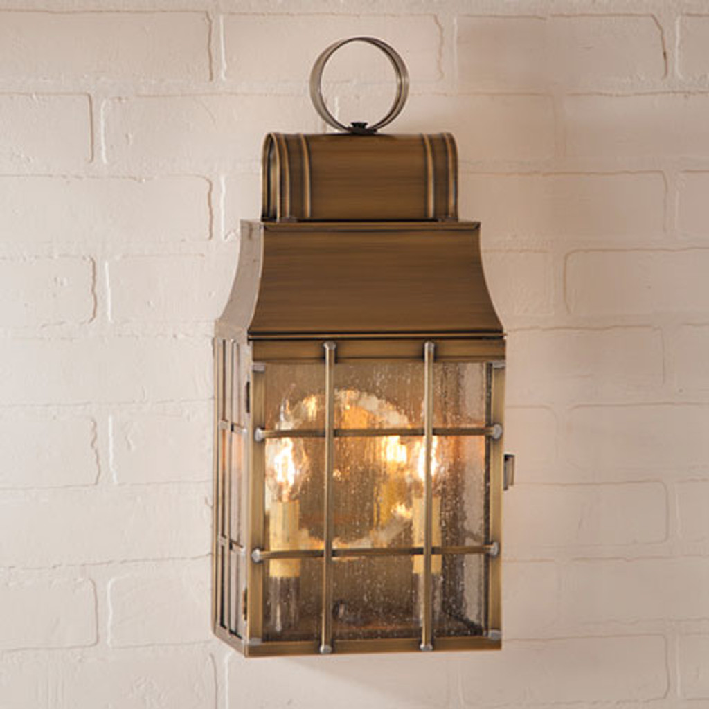 Irvin's Tinware Washington Wall Outdoor Lantern Finished In Weathered Brass