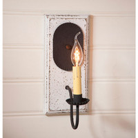 Irvin's Primitive Wilcrest Sconce In Americana Vintage White