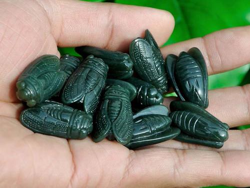 nephrite jade cicada