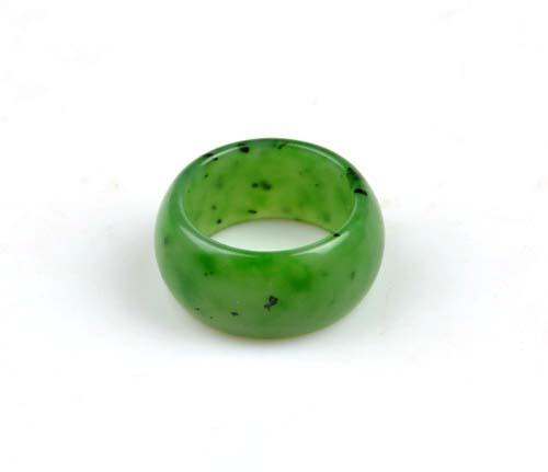green nephrite jade ring, size 10