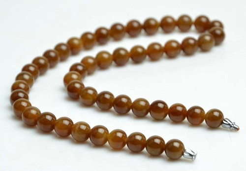 honey jade necklace