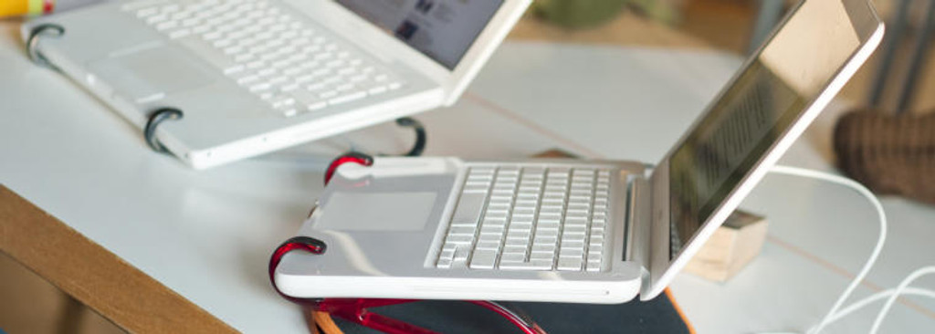 Fishhook with laptops