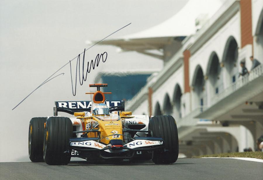 Fernando Alonso Signed Photograph 2008