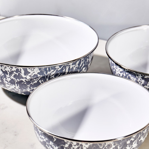 Mixing Bowls by Golden Rabbit