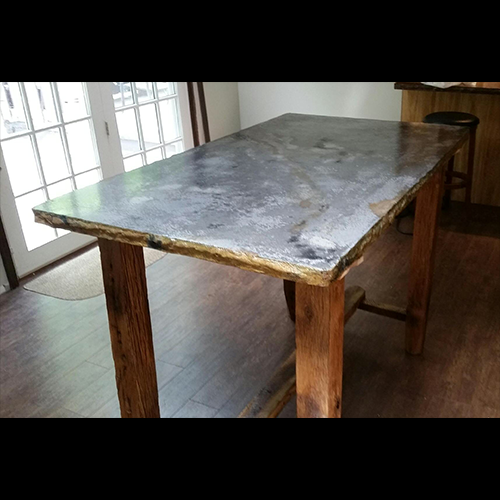 Custom Pub Table