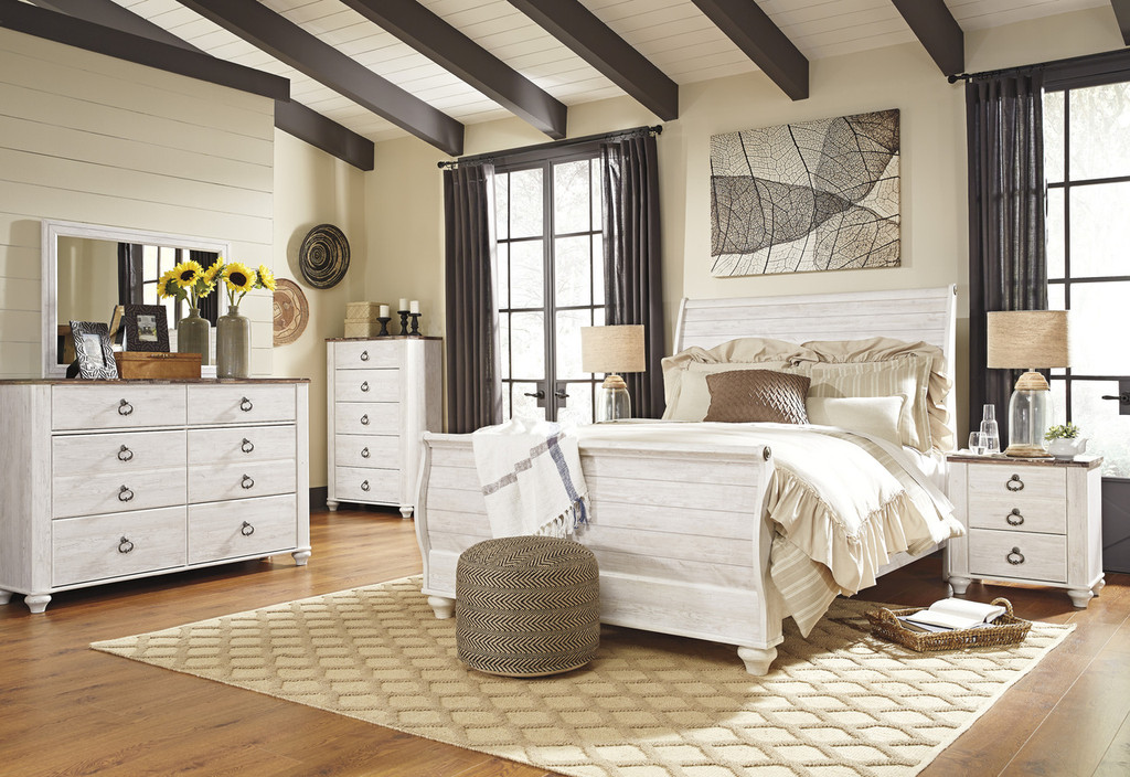 The 7pc Willowton Sleigh Bedroom Collection