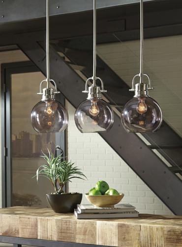 The Johano Glass Pendant Light