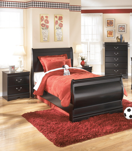 The 5pc Huey Vineyard Youth Bedroom Collection