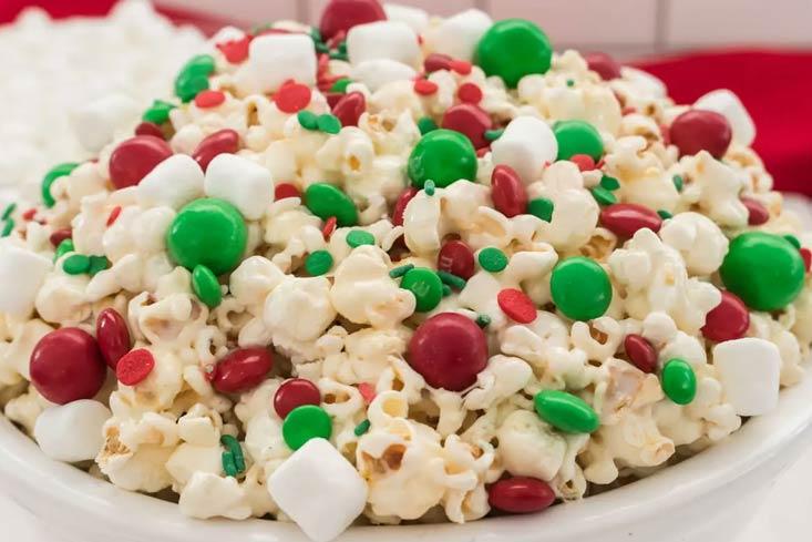 Santa Crunch Popcorn recipe