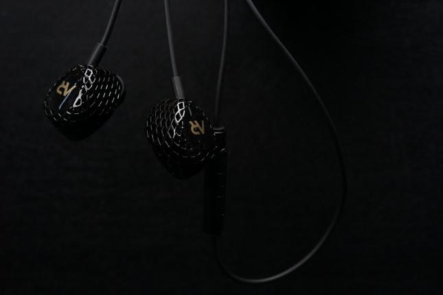 New HeyGears AR Series IEMs Sound Good and Look Fun