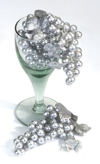 7 Inch Silver Grape Cluster (SOLD BY THE DOZEN)