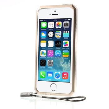 iPhone SE Metal Case Gold+Carbon Fiber Back