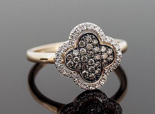 AAR10270 CHOCOLATE AND WHITE DIAMOND RING 14K