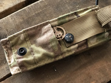 FLUTE™ (FLASHLIGHT AND UTILITY POUCH)