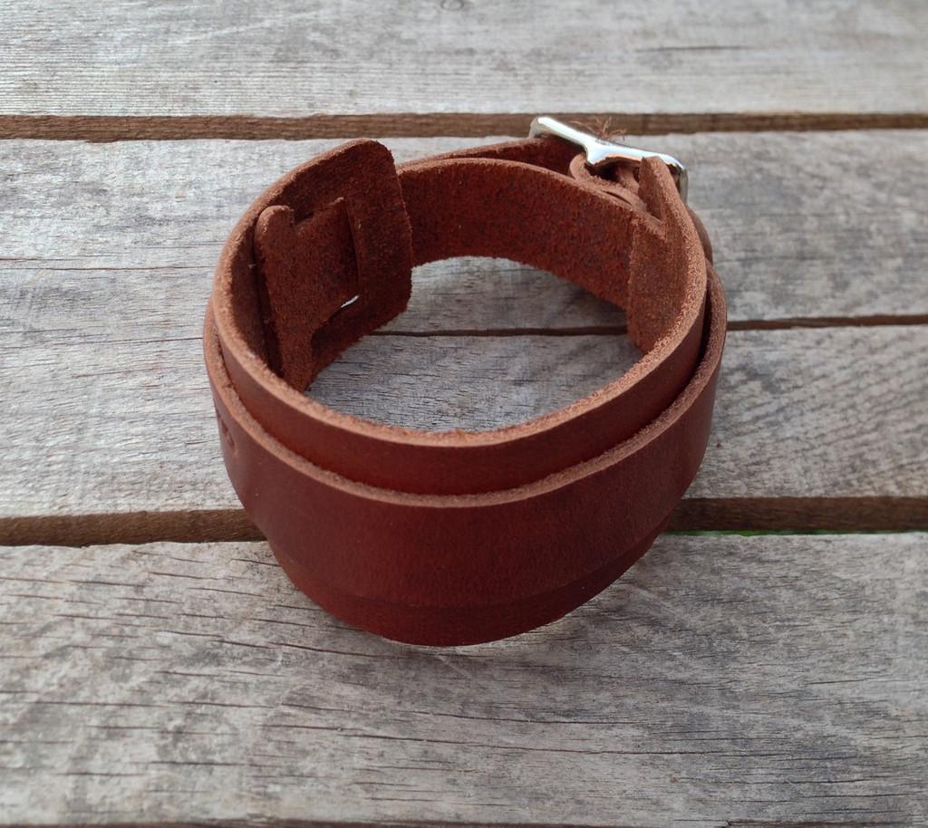 buckle leather wrist band dark leather