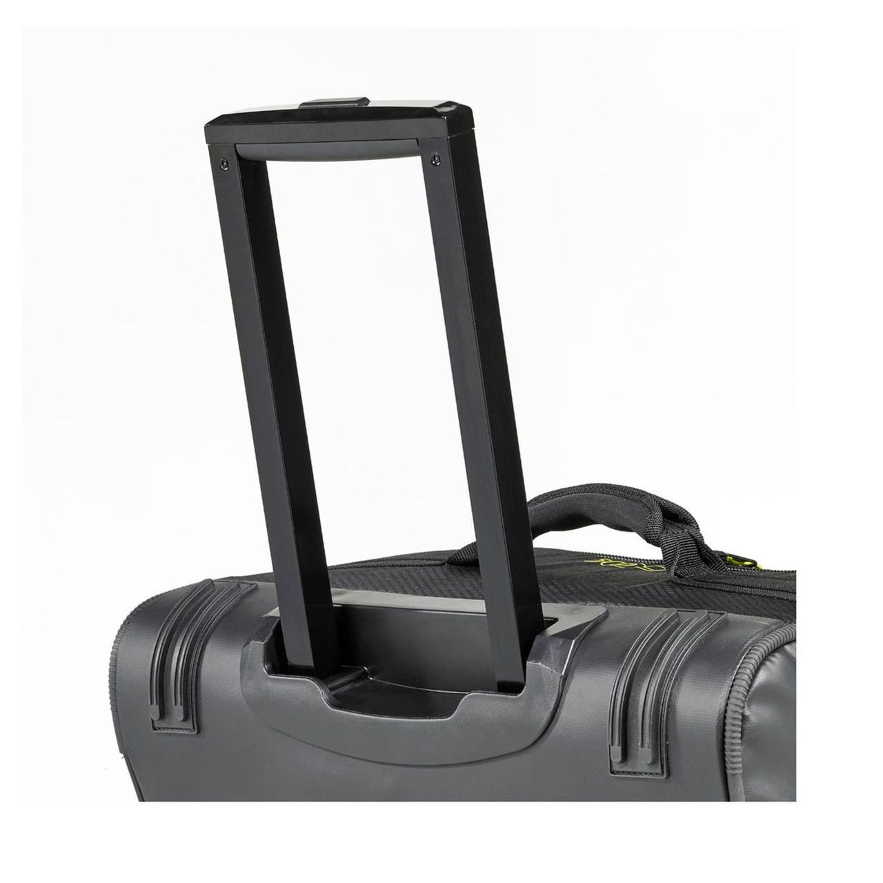 Musto Essential 100L Clam Case