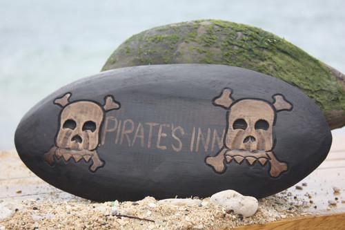 """PIRATES INN"" SKULL AND BONES SIGN - SURF CROSS BONES DECOR"