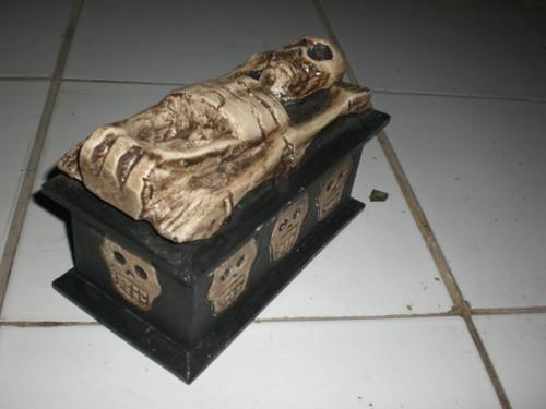 """Treasure Chest Box 8"""" X 5"""" - Cross Bones Accessories"""