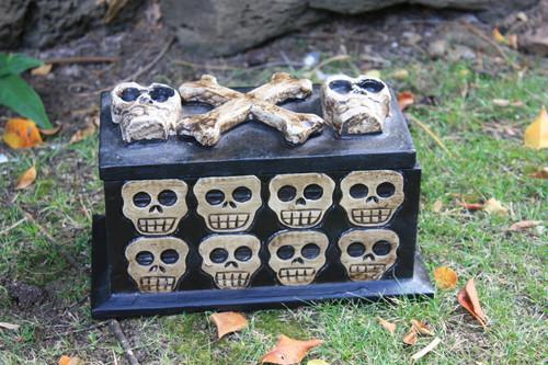 """Treasure Chest Box 10"""" X 5"""" - Cross Bones Accessories"""