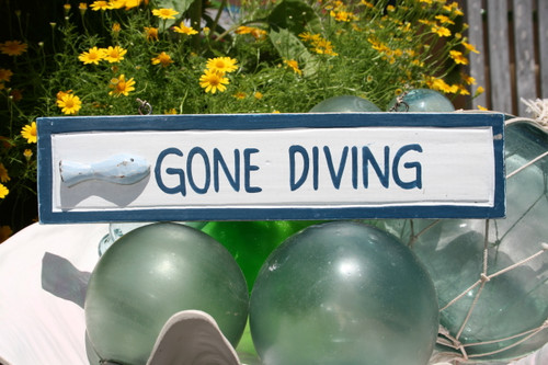 """GONE DIVING"" NAUTICAL SIGN 12"" BLUE - BEACH DECOR"