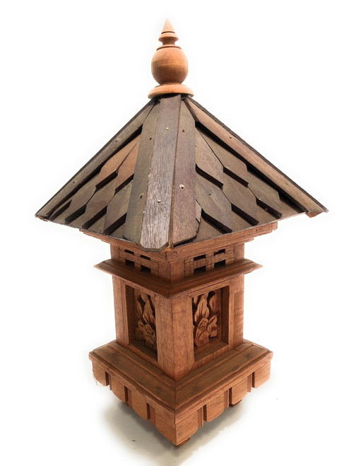 "Balinese Lantern 20"" w/ Shingle Roof & Carving Siding 