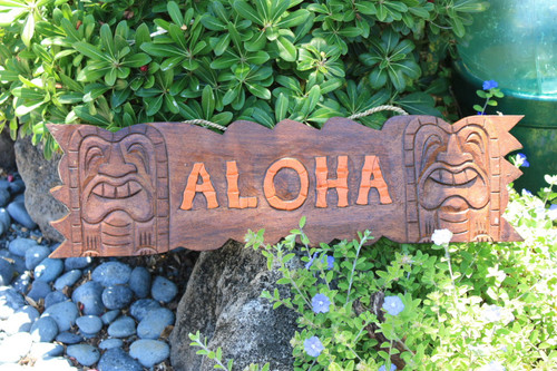 """""""ALOHA"""" SIGN W/ CARVED TIKIS 24"""" - ISLAND HOME DECOR"""