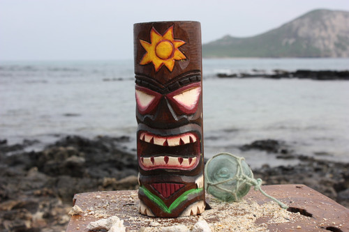 """Tiki Totem 8"""" w/ Sunny Hawaii - Hand Carved & Painted"""